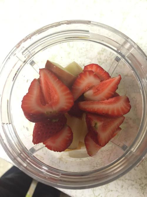 Farm Fresh To You - Fruit smoothie